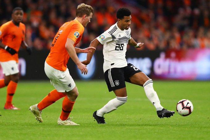مباراة ألمانيا و هولندا .. الطواحين تلقن الماكينات درسا قاسيا وتفوز برباعية