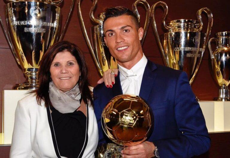 والدة رونالدو : المافيا حرمت ابني من الكرة الذهبية