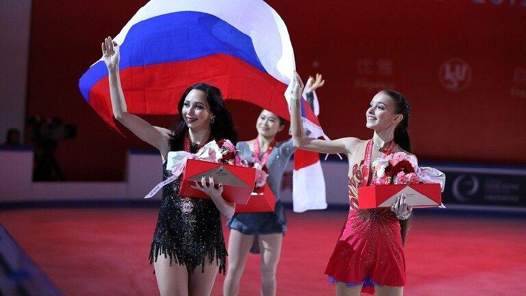 الحسناء الروسية شيرباكوفا تفوز بجائزة الصين للتزحلق