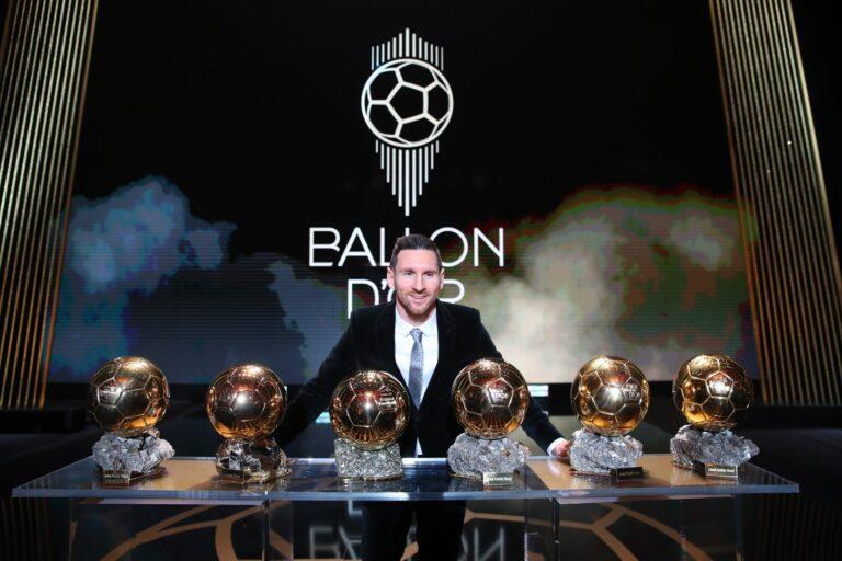 بالفيديو والصور ميسي يفوز بجائزة الكرة الذهبية السادسة في تاريخة للعام 2019