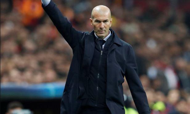 زيدان يحشد لاعبي ريال مدريد لمواجهة غرناطة .. شاهد القائمة المستدعاة
