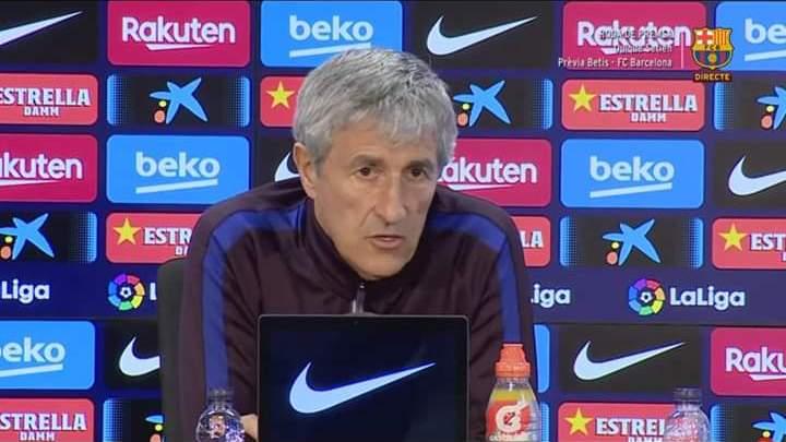 مساعد مدرب برشلونة يسب لاعبي البارسا وسيتين كيكي يعتذر ..!!